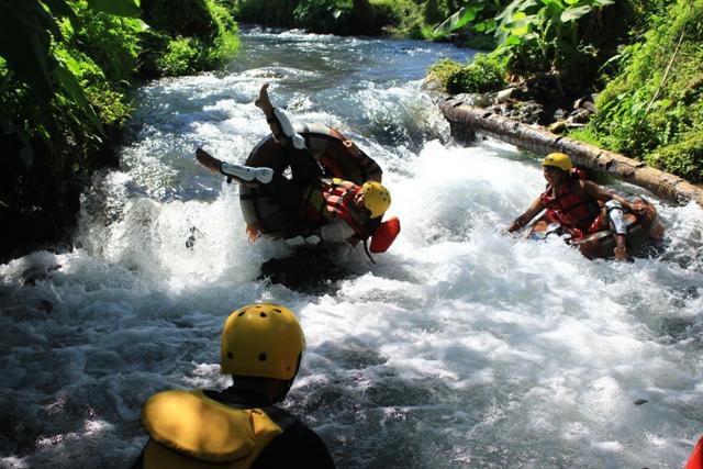 tour lombok 3 hari 2 malam 3 gili river tubing