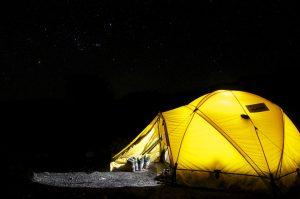 tenda mendaki gunung